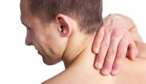 Немеет язык, болит шея и плечо