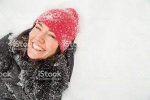 Кожа сыпется как снег