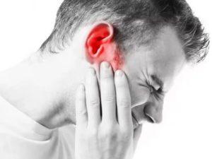 Неделю не проходит боль в ухе