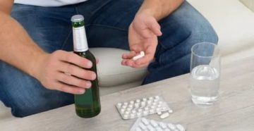 Прием таблеток и пива