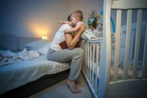 Годовалый ребенок много раз просыпается ночью
